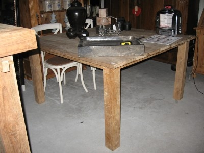 Brocante Vierkante Eettafel.Ruim Aanbod Van Tafels In Onze Woonwinkel In Sneek